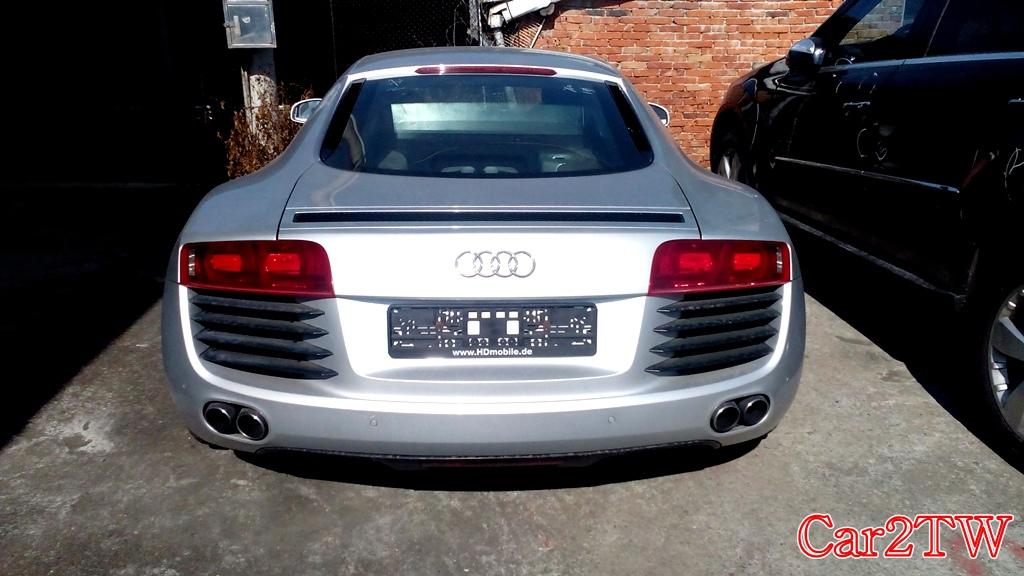 Audi_R8_4.2_7