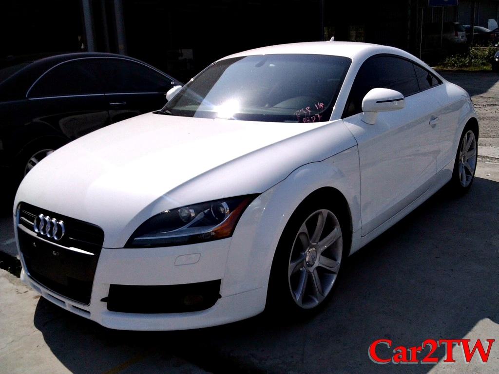 2011_Audi_TT_9