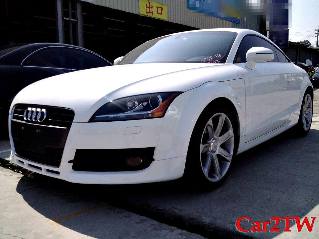 2011_Audi_TT_1