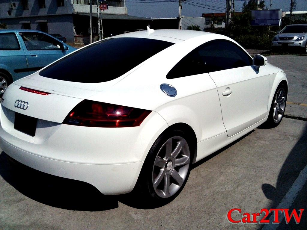2011_Audi_TT_5
