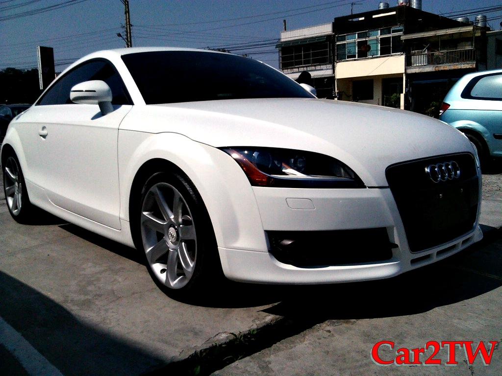 2011_Audi_TT_7