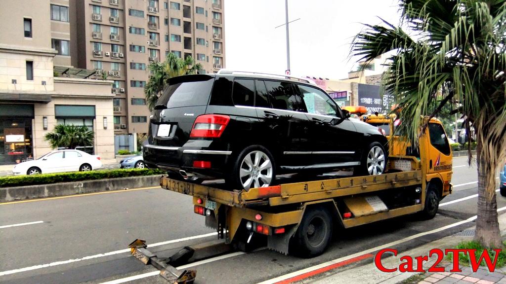 美國買車注意事項有些?如何從美國買車運回台灣? 這裡要介紹如何在美國賓士原廠中古車網站找到售價便宜又大碗的原廠認證車CPO,如何計算關稅及運車回台灣流程等簡介