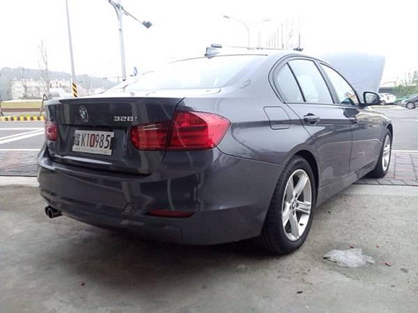 BMW 328i美規外匯車,BMW 328i價格、馬力、油耗詳細介紹。