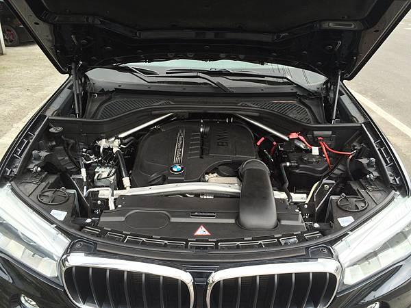 BMW-X5 35美規外匯新古車,BMWx5價格、規格、馬力、油耗介紹。