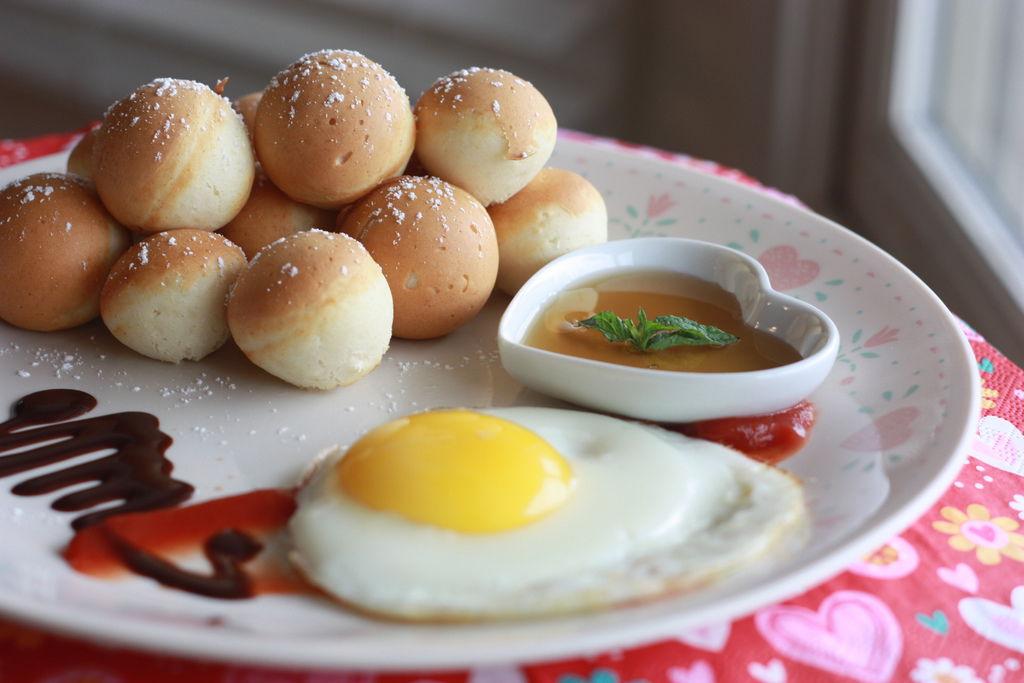 Pancake ball 4