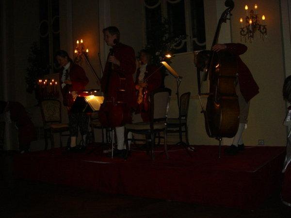 Mozart Dinner Concert, 2/10