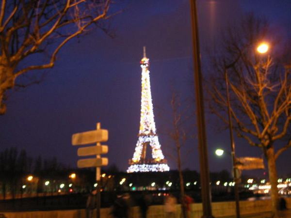 0225 Eiffel Tower