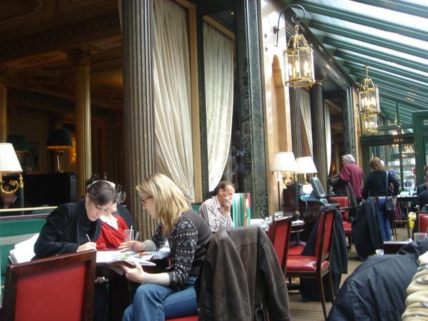 0228 les Cafe dela Paix