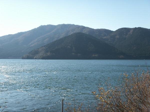 lake,12/17