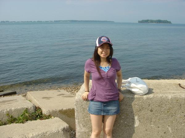 0704 Ontario lake