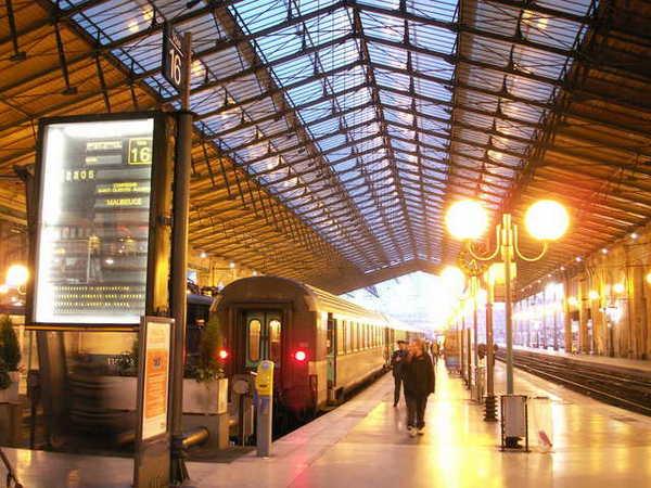 0304 gare du node station