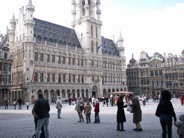 0304 grand place