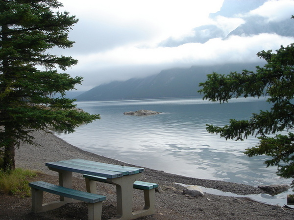 0815 lake minewanka