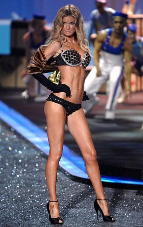 2009-Marisa Miller