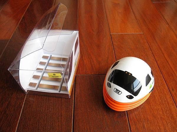 桌上吸塵器包裝 .jpg