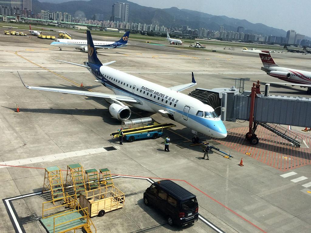 20170328 松山機場