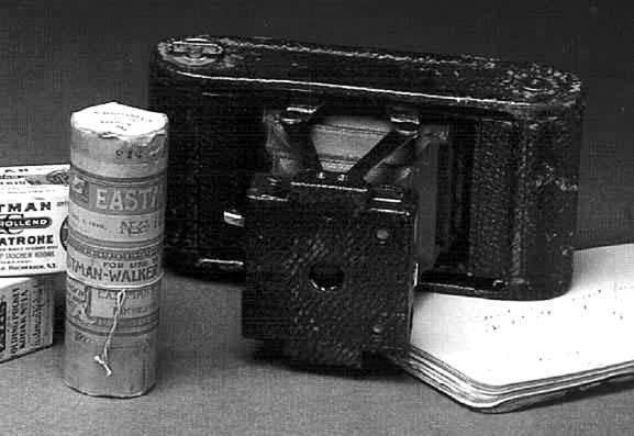 柯達 1899 年推出的口袋一號相機 .jpg