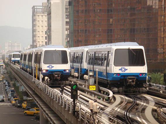 馬特拉列車外觀.jpg