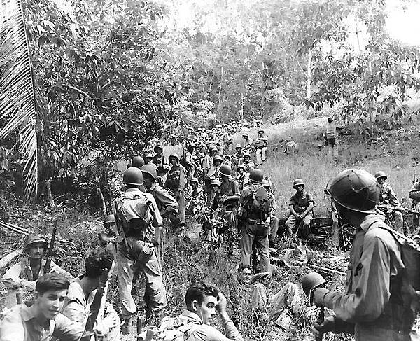 Marines_rest_in_the_field_on_Guadalcanal.jpg