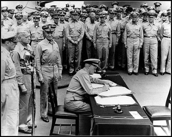 日本投降尼米茲將軍簽字.jpg