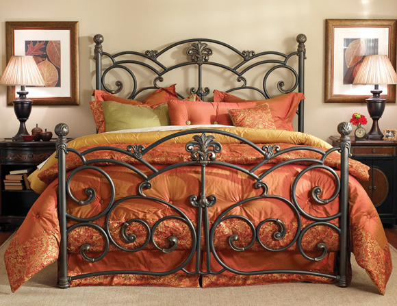 DAILY PICK (2013/3/27) - Wesley Allen Lucerne Iron Bed