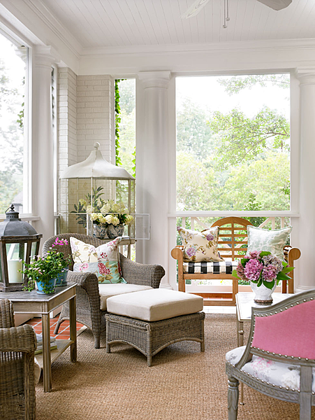 DAILY PICK (2013/3/22) - Visit Lillian August's Carolina Home