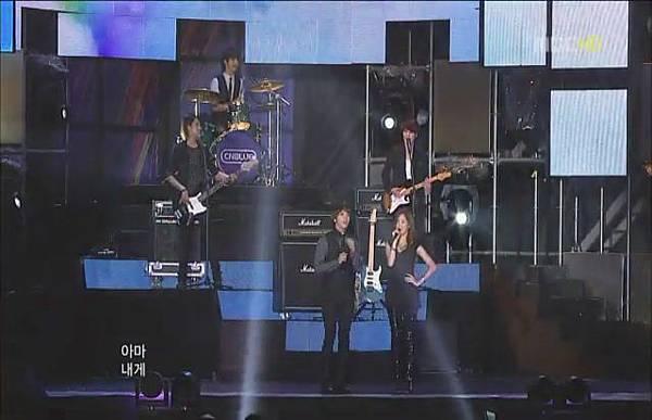 100904 YS- Run Devil Run   Love Light.JPG