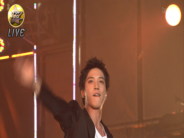 [YGDS]110820.SNSD.Seohyun_&_Yonghwa.Live_in_Niigata.HD.1080i.ts00373.png