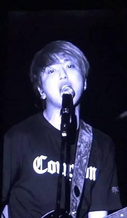 130406 CNBLUE Blue Moon world tour in Taipei - Coffee shop 321054