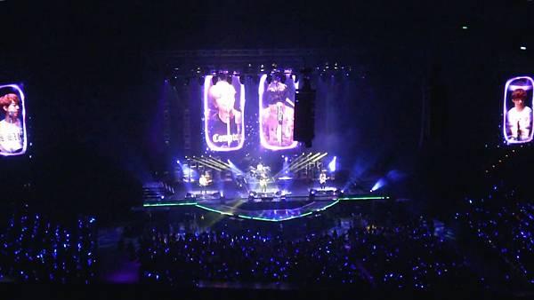 130406 CNBLUE Blue Moon world tour in Taipei -love light 愛之光 _000180113