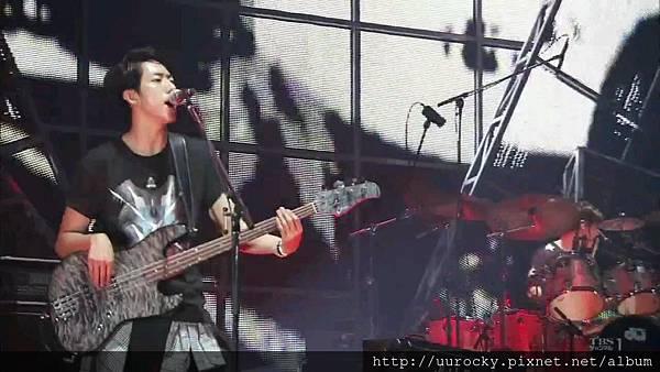 [CNBLUE樂團吧]140126_0005421049.jpg