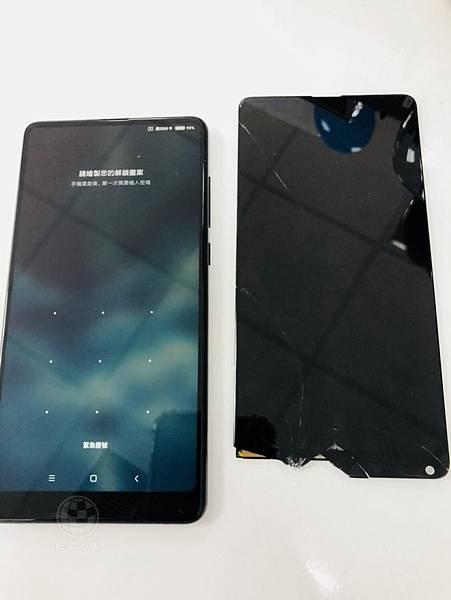 小米MIX 2S面板破裂 (1)
