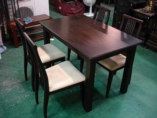 實木餐桌椅組