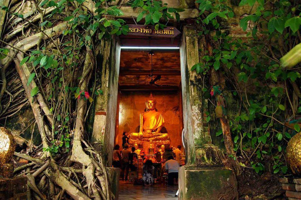 Wat Bang Kung1