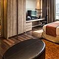 akyra_thonglor_bangkok_room_overview.jpg