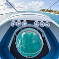 1200px-Glass_bottom_boat_LOOKER.png