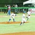 將球放在投手丘-01.JPG