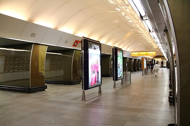 IMG_0024廣告燈廂