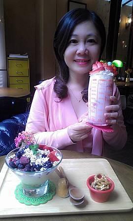 草莓拿鐵6.jpg