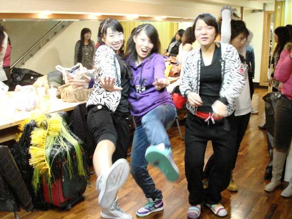 nEO_IMG_20101024顧曉蘭成果展-莉瑋 (1).jpg