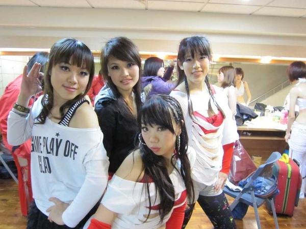 nEO_IMG_20101024顧曉蘭成果展-馨宜 (6).jpg