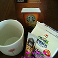 準備沖泡 @ Starbucks VIA™ Ready Brew Colombia Coffee