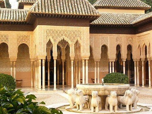 Alhambra王宮的噴水池