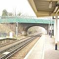 倫敦市郊的地鐵站