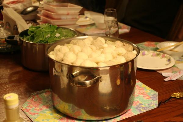 第一天晚餐煮火鍋