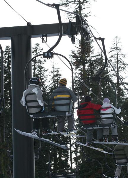 搭纜車上去最高的雪道