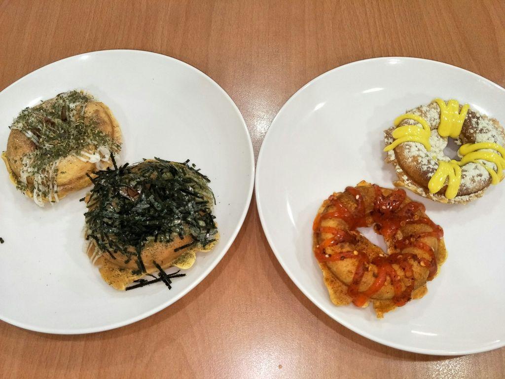 台北中山區好吃午茶點心推薦『叉叉圈圈燒』鹹甜可口的QQ燒-、『海鮮燒』、『相思抹茶』、『蜂蜜芥末/好香的辣/巧思海苔/義式椒鹽』