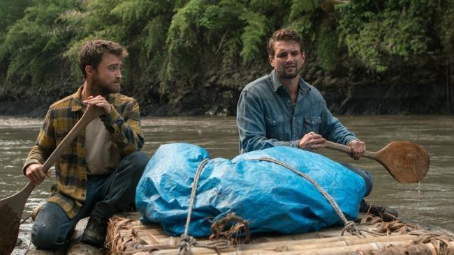 Daniel-Radcliffe-and-Alex-Russel-in-Jungle.jpg