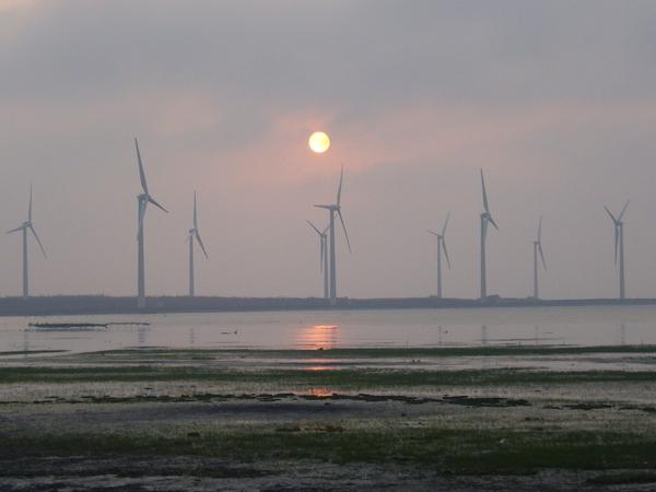 風車下的夕陽.JPG
