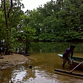 02巴拉旺09紅樹林河流.JPG